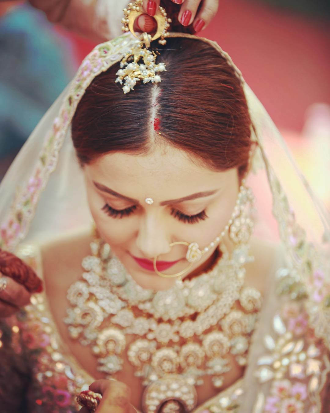 5 Telly Brides Show You How To Ace Your Wedding Makeup With