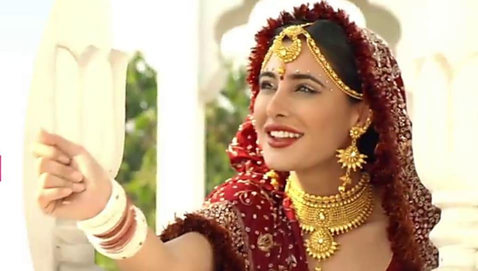 Nargis in dating naach wedding
