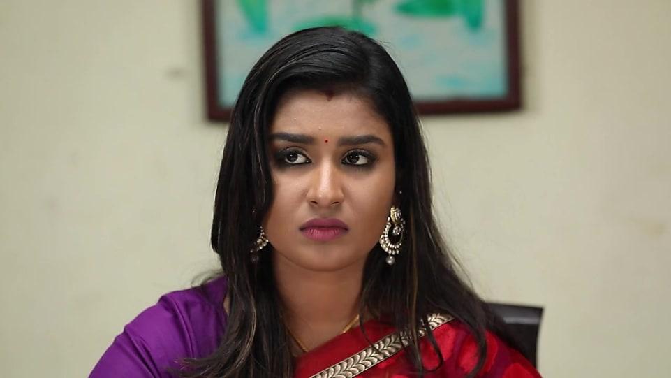 Reshma Purple Blouse look, Episode 317 style, Poove