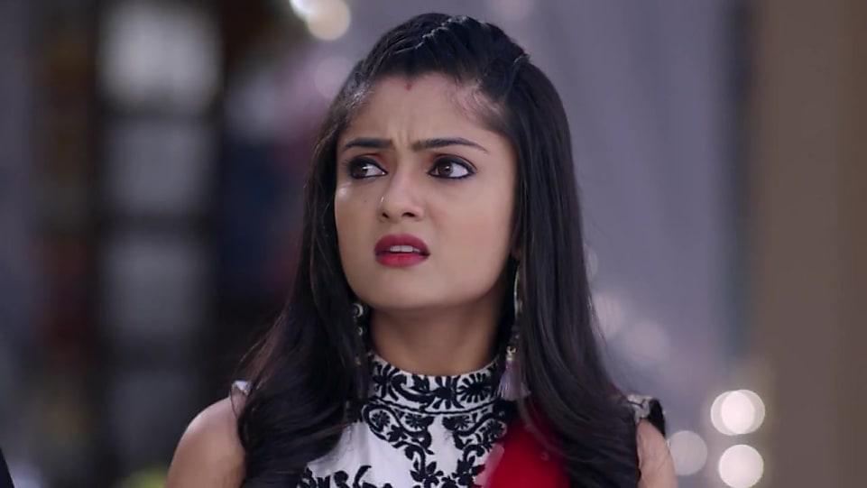 Rashmi Gupta Gold Belt matching with look from Episode 21, Guddan