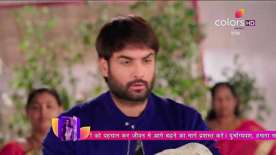 Vivian Dsena , , matching with look from Promo Serial