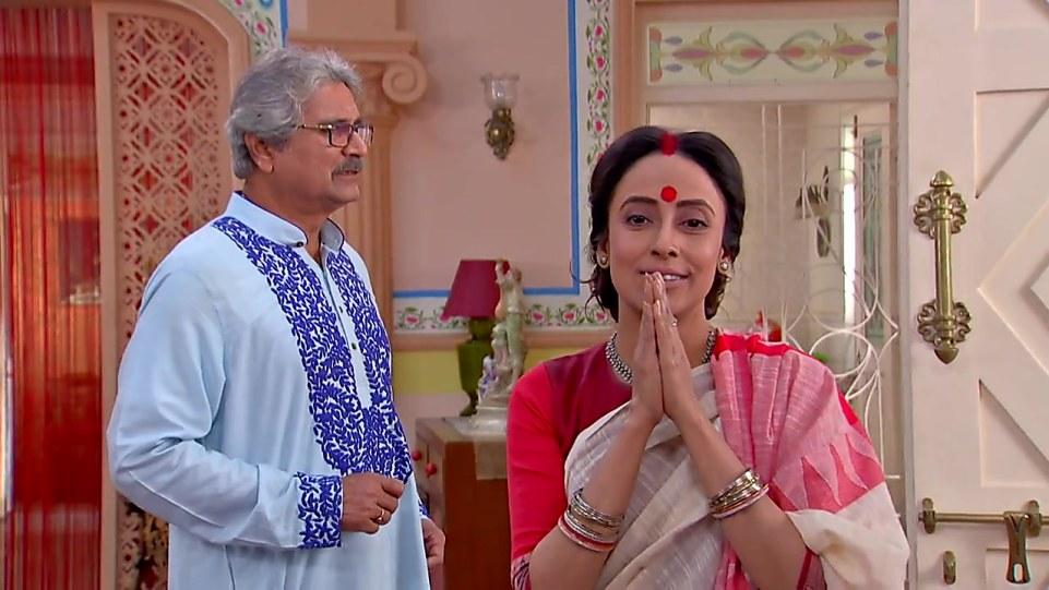 Mallika Majumdar Red Blouse look, Episode 395 style, Bokul