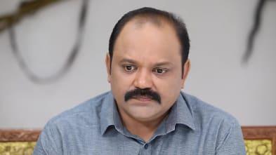 Prabhakaran Chandran Grey Shirt look, Episode 357 style, Oru Orla