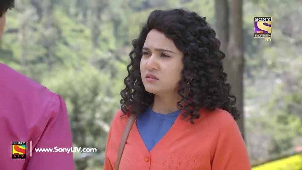 Ashi Singh Orange Cardigan and Turquoise Dhoti Salwar look, Promo
