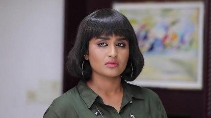 Meena Kumari Blue Saree look, Episode 600 style, Poove Poochoodava