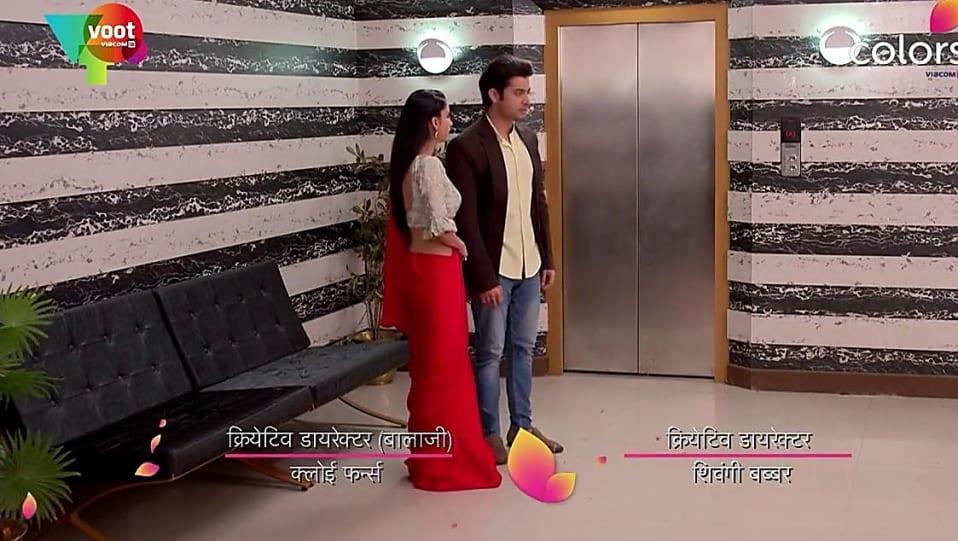 Praneeta Sahu Grey Bali matching with look from Episode 352, Kasam