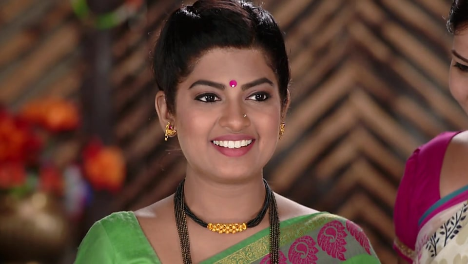Dhanashri Kadgaonkar Black Mangalsutra matching with look