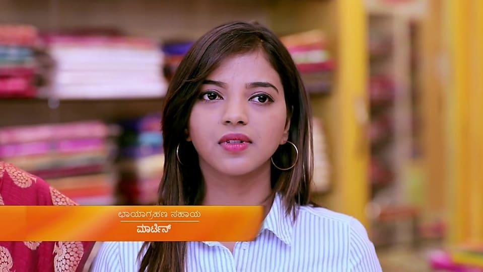Yashaswini Ravindra White Shirt and Blue Jeans look, Episode 357