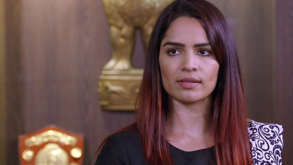 Shikha Singh Black Blouse look Episode 1423 style