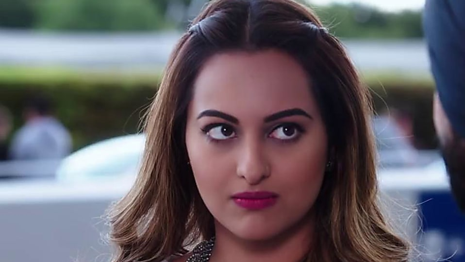 sonakshi sinha white bracelet matching with look from welcome to new