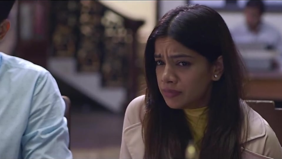 Nidhi Singh Nude Coat look S02E04 The Parents style