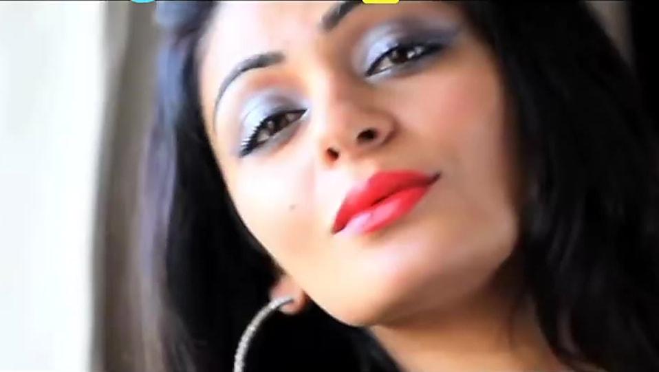Neeru Bajwa Hair In Fatto Single Charmboard