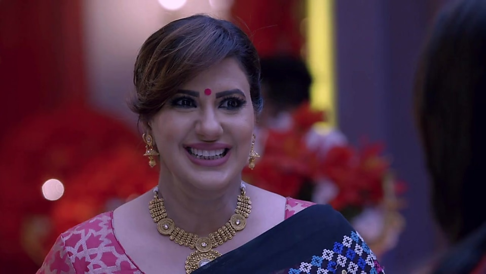 Anisha Hinduja Blue Saree look Episode 484 style inspiration