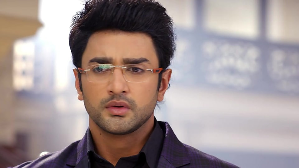 Nishant Malkani Blue Jacket and Blue Trouser look, Episode