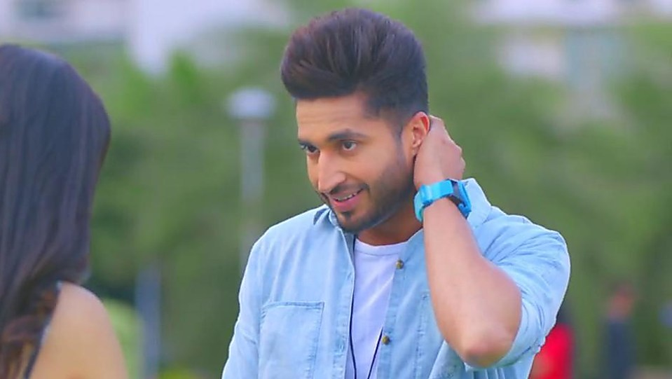 Jassi Gill White T-shirt look, Nakhre style, Single | Charmboard
