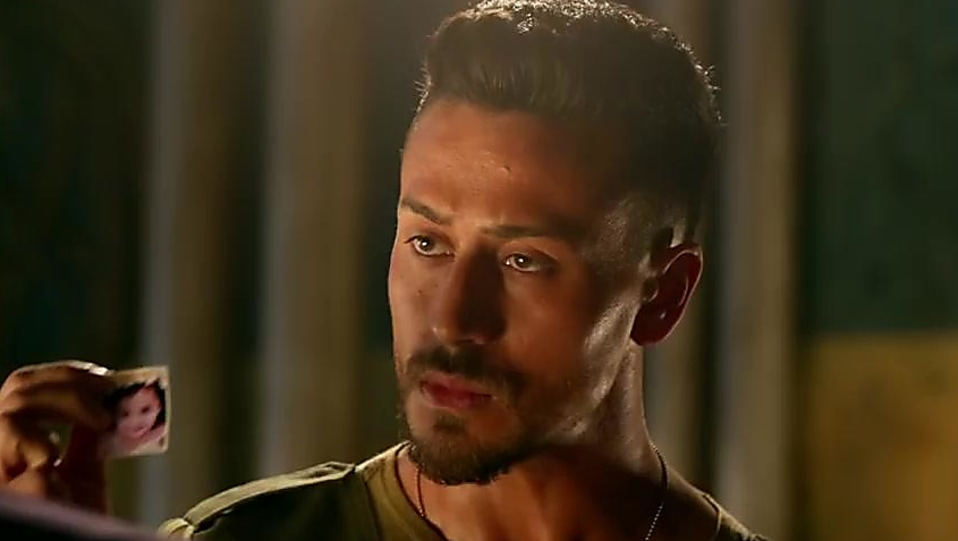 Tiger Shroff Baaghi 2 Hairstyle Hd Image Of Tiger Stateimage