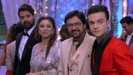 Aparna Mishra White Shirt and Pink Skirts look, Episode 1401