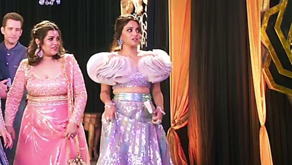 Veere Di Wedding Outfits.Swara Bhaskar Grey Gown Look Laaj Sharam Style Veere Di Wedding