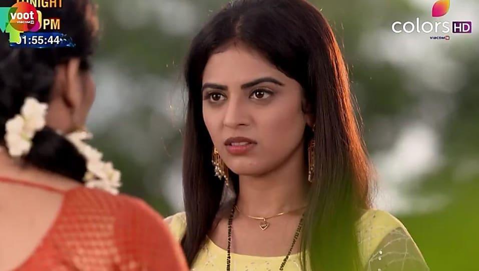 Roshni Sahota Yellow Gown look, Episode 361 style, Shakti