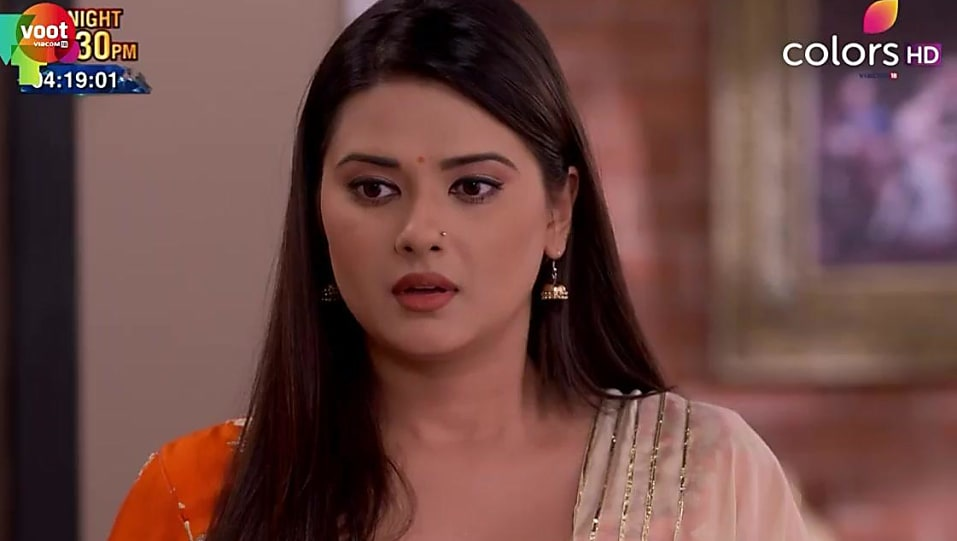 Kratika Sengar Orange Salwar Suit look, Episode 418 style, Kasam
