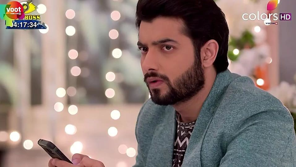 Sharad Malhotra White Watch matching with look from Episode 418