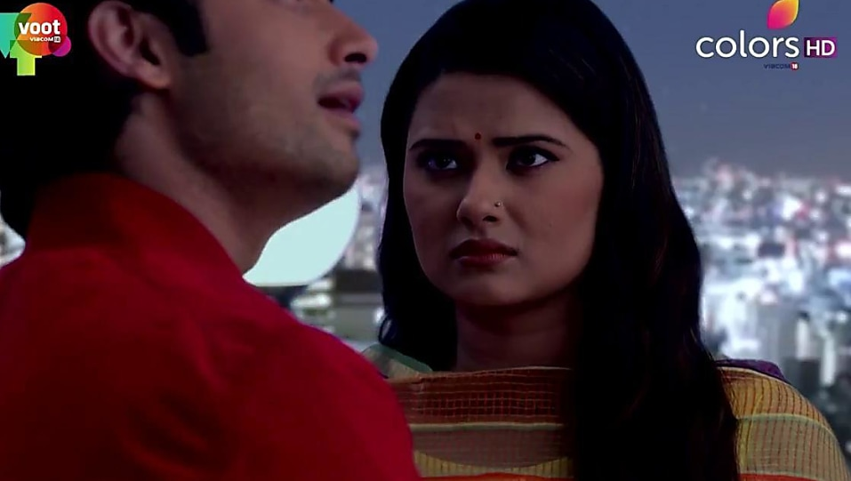 Kratika Sengar Yellow Kurta and Yellow Churidar look