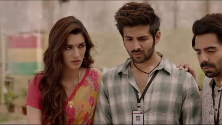 Kriti Sanon Yellow Saree Look Official Trailer Style Lukka Chuppi