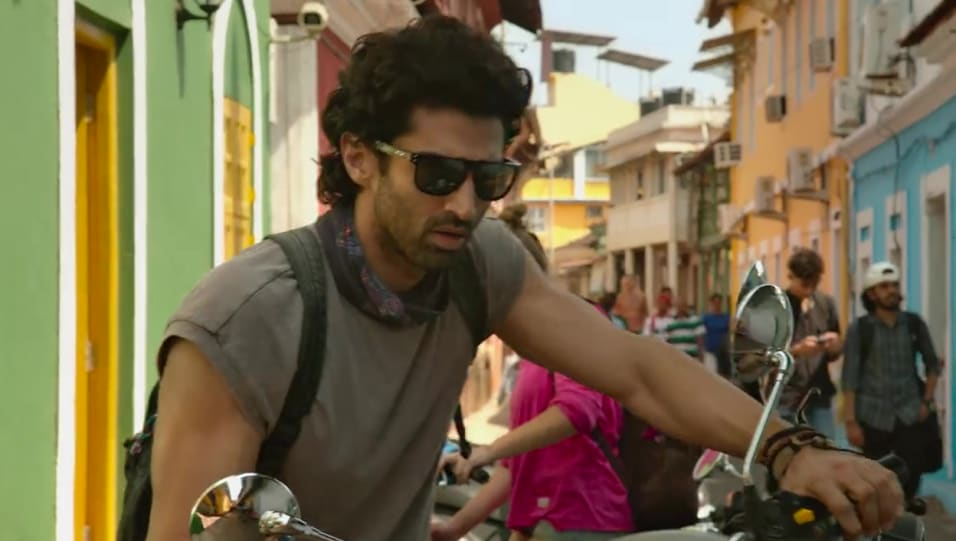Celebrity Hairstyle Of Aditya Roy Kapur From Malang Title Track Malang 2020 Charmboard