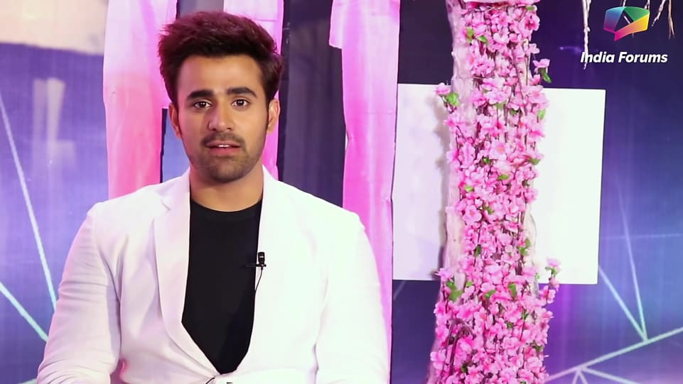 Pearl V Puri White Trouser look, Pearl V Puri Takes Up The