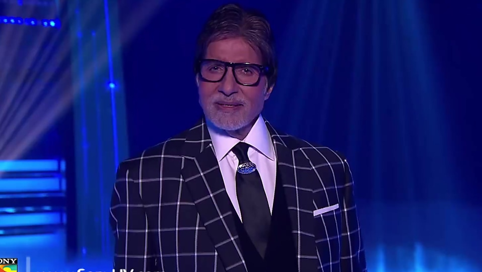 Amitabh Bachchan Black Blazer and Black Trouser look