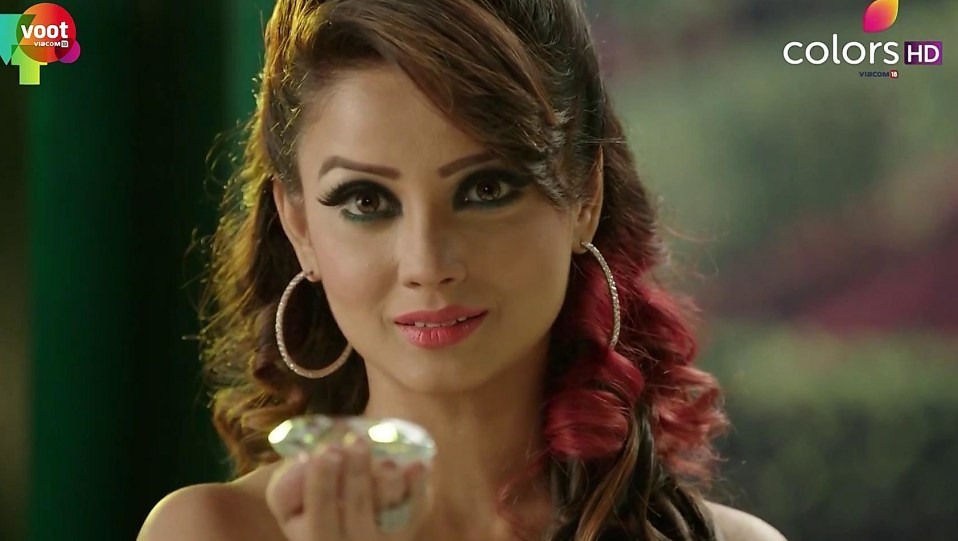 Adaa Khan Black Dress Look Episode 67 Style Naagin 2 Charmboard