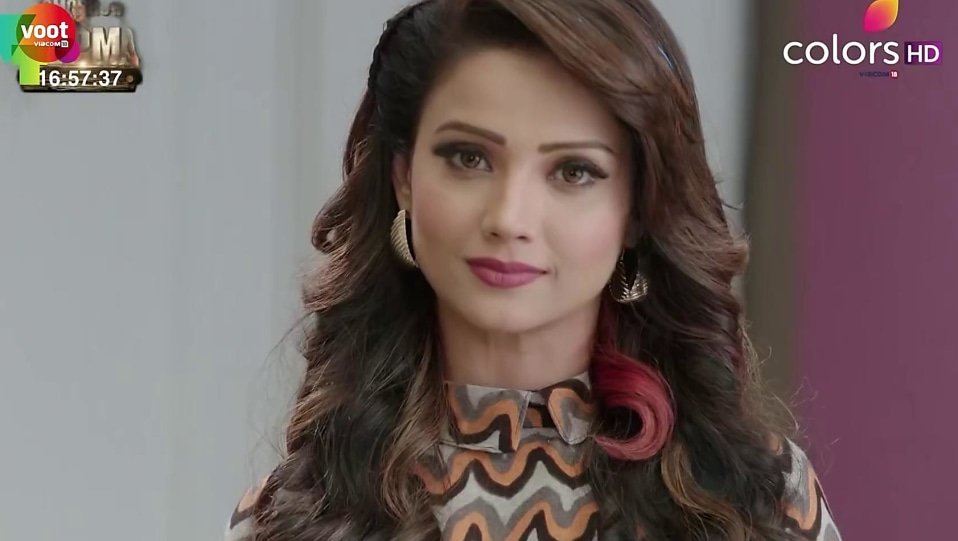 Adaa Khan Black Jeans Look Episode 66 Style Naagin 2 Charmboard
