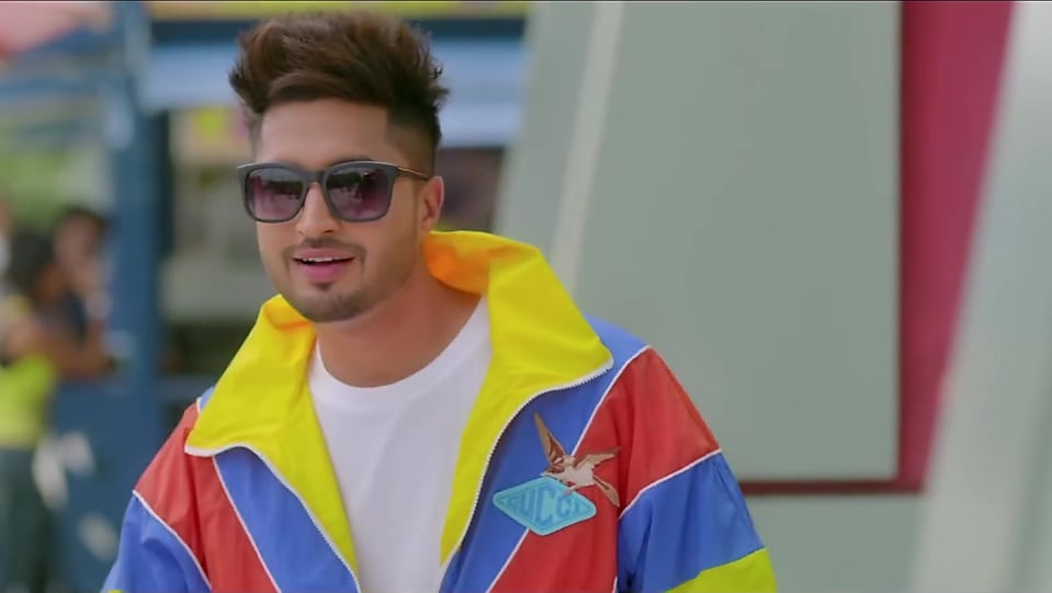 Jassi Gill Yellow Jacket and Blue Jeans look, Nikle Currant