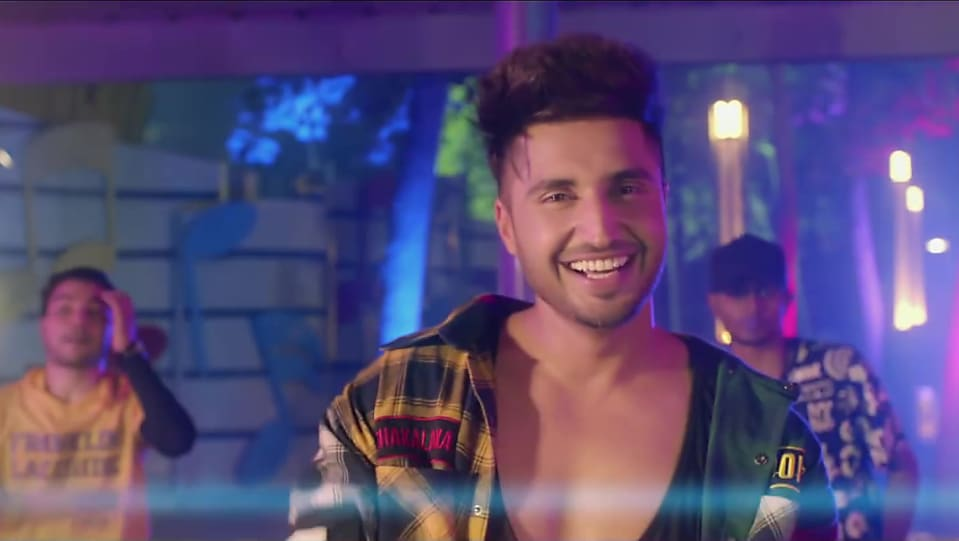 Get Jassi Gill Hair hairstyle in Single | Nikle Currant | Charmboard