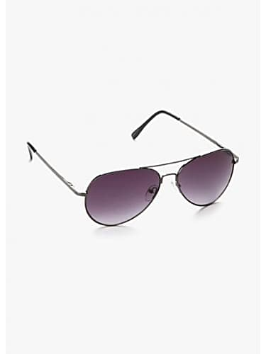 52655b12c4 Akshay Kumar Black Aviator Sunglasses matching with look from Party ...