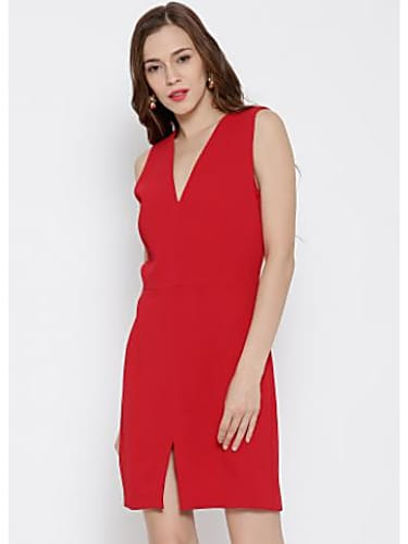 b0fa1fe35 Ira Dubey Red Dress look Husband And Wife style inspiration