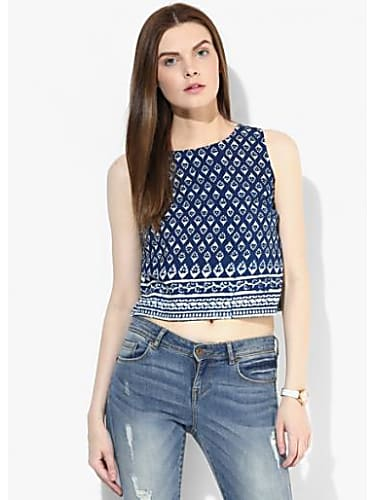 d3d0dbe13abfcc Alia Bhatt Blue Tops and Blue Jeans look