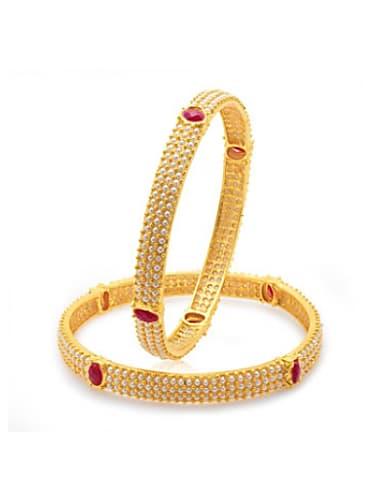 Rubina Dilaik Gold Saree look Episode 285 style inspiration