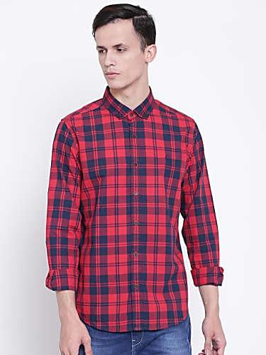 Guri Red Shirt And Grey Jeans Look Yaar Beli Style Inspiration