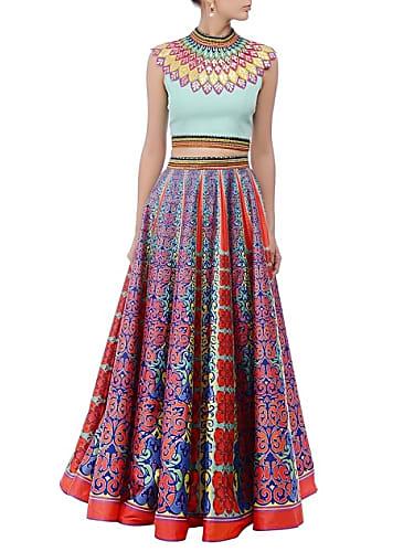 9de153d7c8621 Sonam Kapoor Purple Lehenga look Bhangra Ta Sajda style inspiration ...