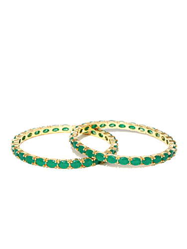 7a2e98d1b4552b Nachathira Green Ring matching with look from Episode 305, Yaarudi ...