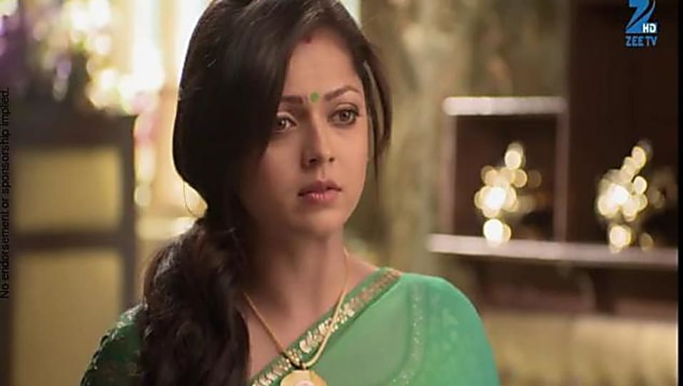 Drashti Dhami Biography, Age, Wiki, Place of Birth, Height
