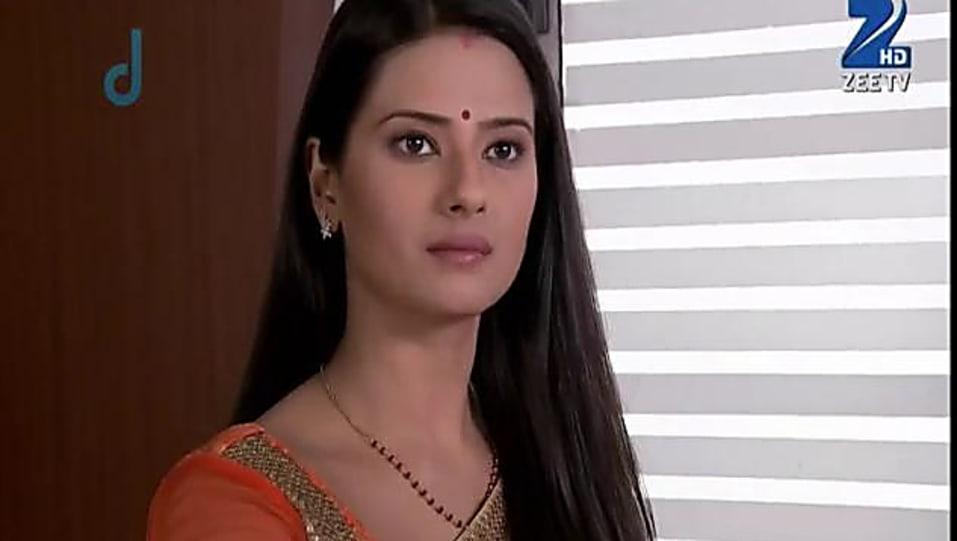 Kratika Sengar Green Saree look Episode 121 style