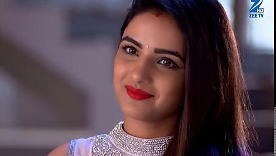 Jasmin Bhasin Purple Saree Look Episode 219 Style Inspiration