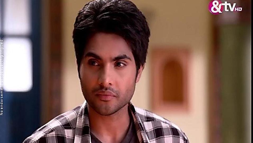 Parichay Sharma Grey Shirt look, Episode 340 style, Begusarai