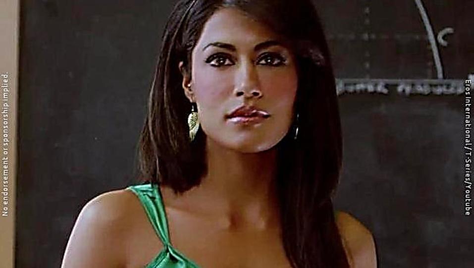 Chitrangada Singh Green Tops And Black Skirts Look Allah Maaf Kare