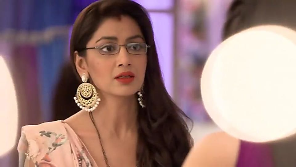 Sriti Jha Yellow Salwar Suit look Episode 1059 style inspiration