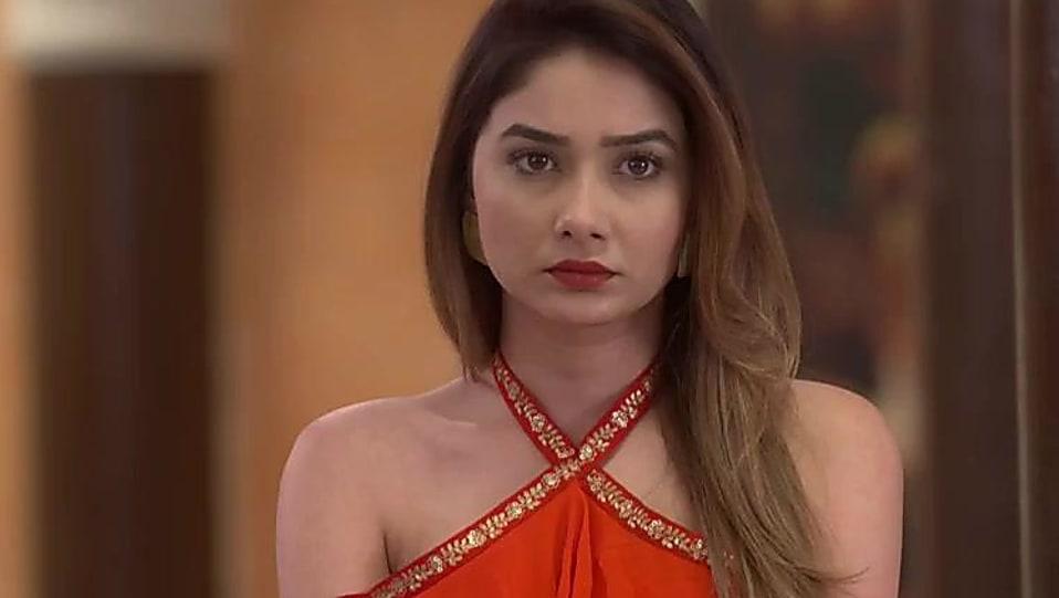Leena Jumani Red Dress look Episode 976 style inspiration
