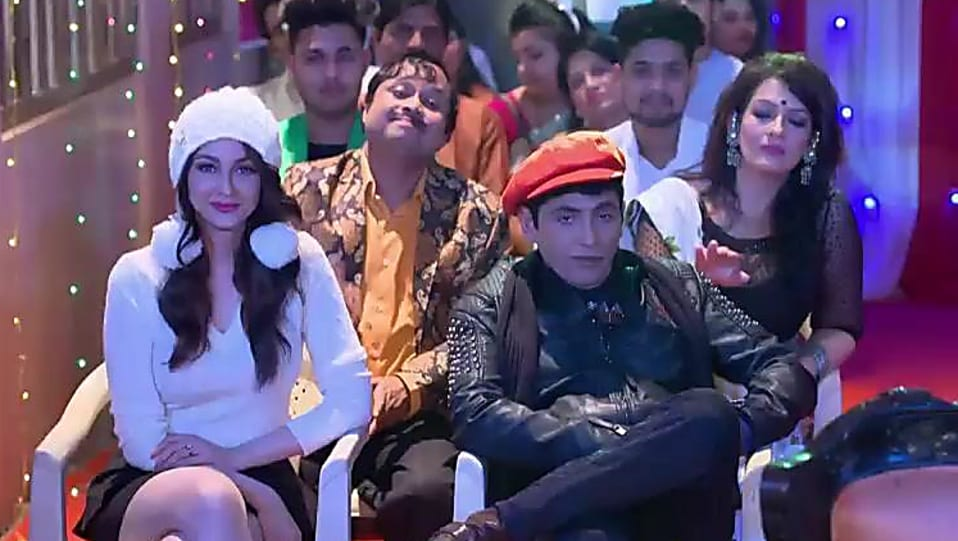ebdaaf87327 Saumya Tandon White Hat matching with look from Episode 756