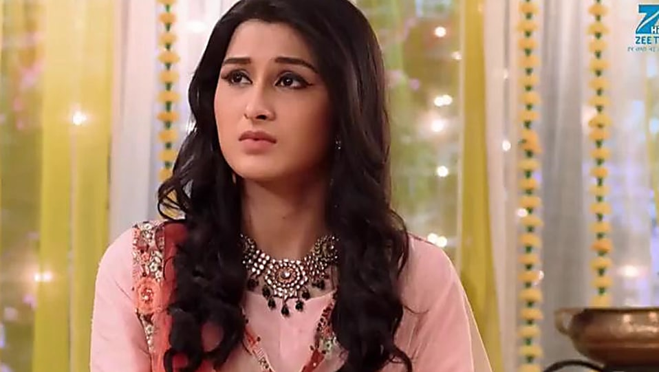 Sheen Dass Peach Bangles matching with look from Episode 95, Piyaa